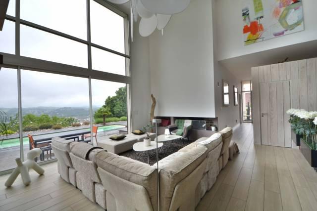 brive la gaillarde vente maison 8 pi ces 253m2 650 000 r f 5504 lesprit immobilier. Black Bedroom Furniture Sets. Home Design Ideas