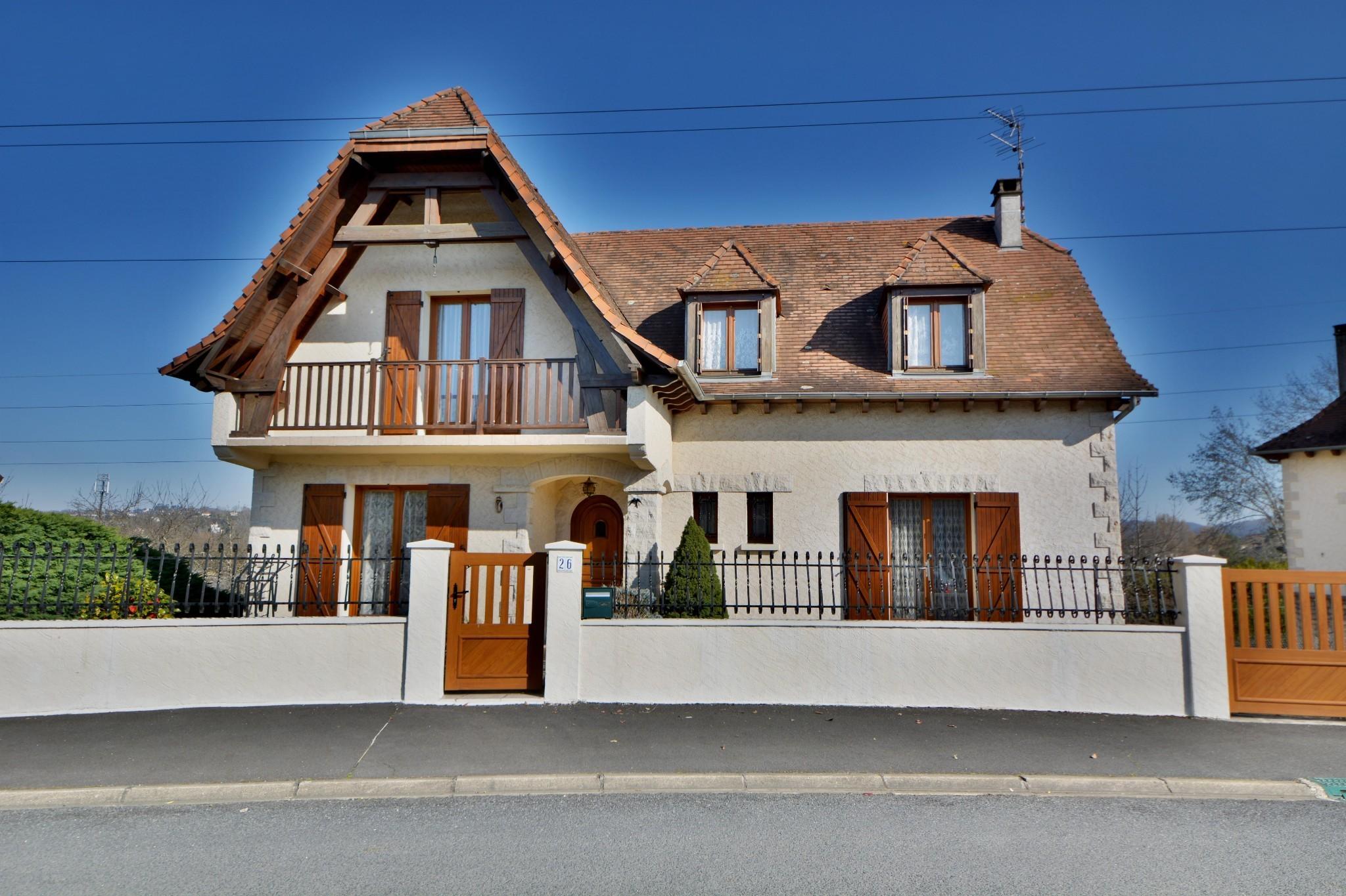 vente maison villa malemort sur corr ze 19 a vendre lesprit immobilier. Black Bedroom Furniture Sets. Home Design Ideas