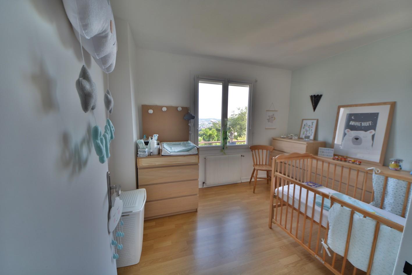 brive la gaillarde hopital vente appartement 4 pi ces 70m2 97 000 r f 5827 lesprit. Black Bedroom Furniture Sets. Home Design Ideas